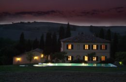 villa giardinello tuscany night
